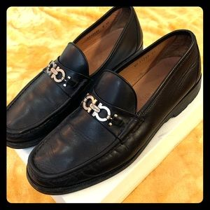 Men FERRAGAMO BLACK LEATHER HORSEBIT LOAFERS SZ 12